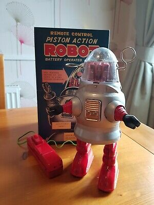 Piston Action Robot Battery Operated • 10£