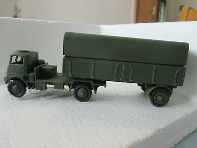 Dinky Code 3 Military 623 Bedford Ql • 20£