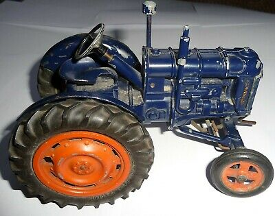 Vintage Chad Valley Diecast Mechanical Fordson Major Tractor  • 175£