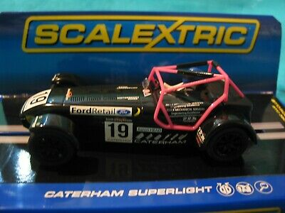 Scalextric C3647 Caterham Superlight 2014 #19 Black/pink Aaron Head Bnib  • 35£