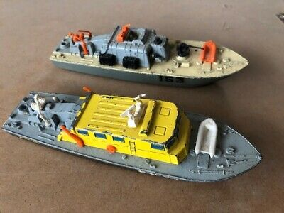 VINTAGE DINKY TOYS DIE-CAST RAF RESCUE LAUNCH  678 And MOTOR PATROL BOAT 675 • 15£