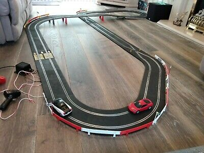 HUGE Classic Scalextric Layout With FAST Modern Cars. SERVICED & Ready To Race! • 40£