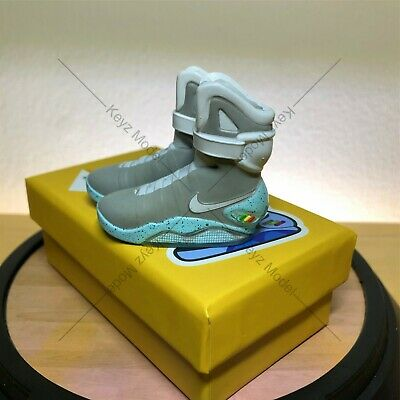 1/6 Mini 3D Sneakers Nike Air Mag Back To Future New Edition 2.0 • 19£