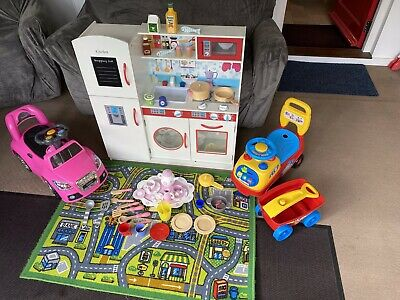 Children's Kids Toy Play Kitchen With 2 Toy Cars, Play Mat & Accessories  • 20£