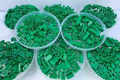 LEGO - 10 Pieces Of Each Shape = 80 Pieces Total / Green Bracket Slope Corner .. • 2.99£