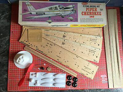 Guillows Flying Scale Model. Piper Cherokee 140. Vintage Aeroplane Kit.20 /508mm • 34.99£