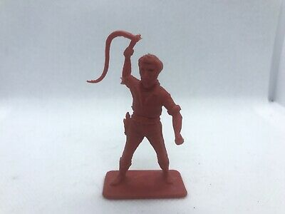 Crescent Toy Ref.C2 Wild West Man With Rope, Red Plastic  • 4£