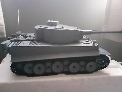 1 16 Scale Rc Tanks • 50£