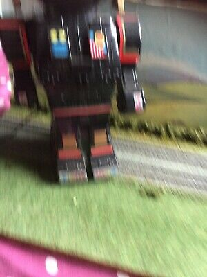 Toy Robot With Working Lights Etc • 6£