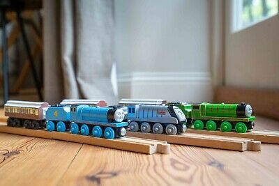 Thomas & Friends, Gordon, Spencer And Henry With Carriages Brio Compatible • 3.71£