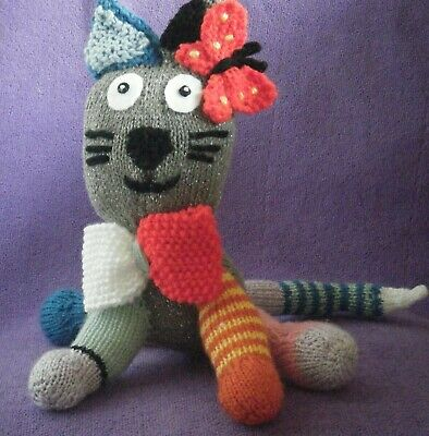 NOW REDUCED! Hand Knitted Cat/kitten Multi-coloured Soft Toy Splash • 4.99£