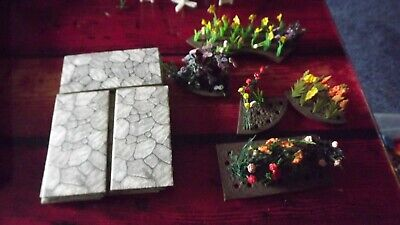 Britains Floral Garden Selection - Flowers,on Bases Plus Slabs Look? • 4.99£