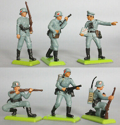 Britains Plastic Deetail 2nd Issue WW2 German Infantry Figures  • 7.59£