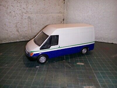 Britains Ford Transit 1.32 Scale  • 20£
