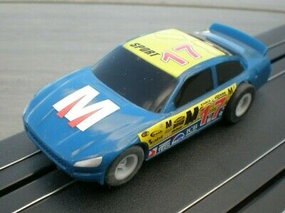 Micro Scalextric 1:64  NASCAR Sort 17 Car • 10.99£
