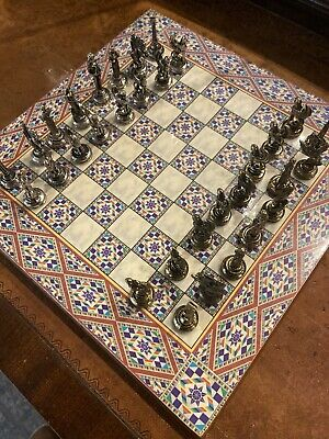 "Small Chess Set And Board With Metal Pieces.  8""x8"" • 20£"