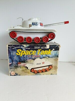 MARX SPACE TANK 1960s Battery Operated Louis Marx & Co • 85£