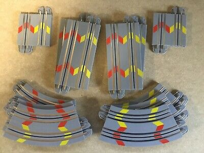"Micro Scalextric 1:64   12 Piece Track Extension Pack 2019  "" Easy Clip Grey "" • 8.45£"