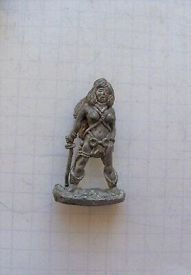 C01 Busty Female Fighter With Sword.  Metal. Citadel. AD&D. Wathammer. 1984 • 0.99£