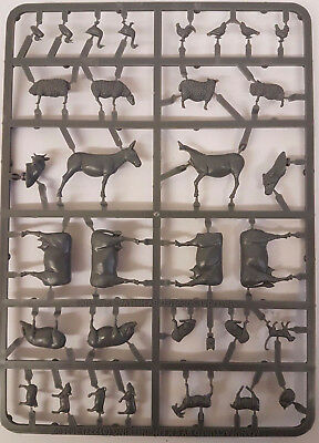 28mm 1/56 Scale Detailed Plastic Model FARM ANIMALS PACK - NEW • 7.99£