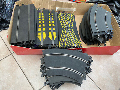 75+ Pieces Of Vintage Scalextric Track • 10£