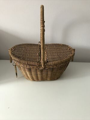 Small Picnic Toy Wicker Basket 1950s  • 10£