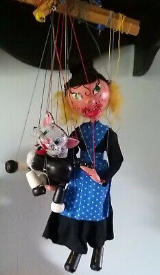 Vintage Pelham Witch & Cat Puppets • 25£