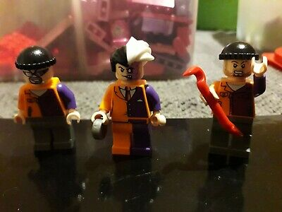 LEGO Two Face Minifigure With Henchmen • 12.99£