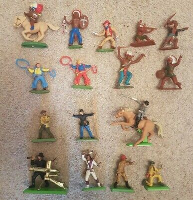 Vintage Britains/Crescent Cowboys & Indians • 12£