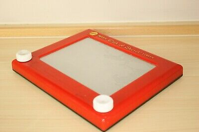 Etch-A-Sketch Drawing Toy - Classic Vintage  • 2£