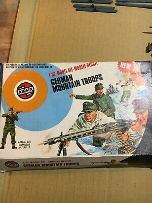 VIntage Airfix 1/32nd Scale German Mountain Troops And Box • 10.50£