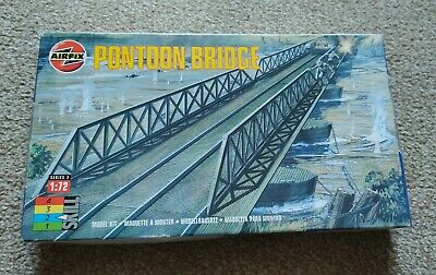 Airfix H0-00 Scale Pontoon Bridge • 5£