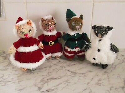 Set Of Hand Knitted Toy Kittens In Christmas Outfits • 10£