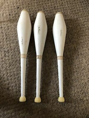 A Complete Set Of 3 Mister Babache Juggling Clubs. Superior Quality Rare White • 15£