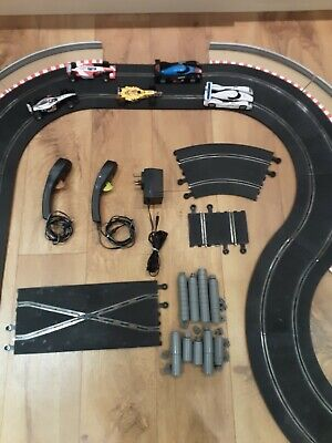 SCALEXTRIC TRACK, Controllers, Transformer And 5 Cars • 25£