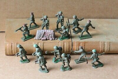 Vintage 1960's Crescent Toy Soldiers Khaki X14 Post-war. 4 With Red Berets • 2.75£