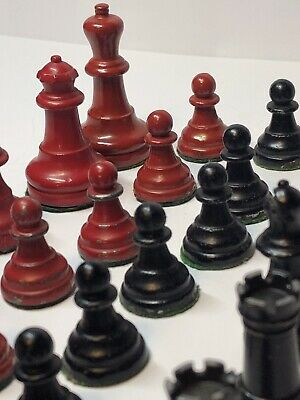 Britain's Lead Chess Set Complete  • 10£