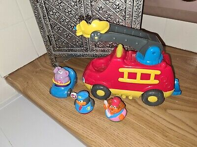 Playschool Weebles Fire Engine A Car And 3 Weebles • 15£