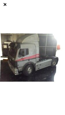 Tamiya  Mercedes Benz Tractor Unit Built Radio Controlled Kit  Scale 1/14  • 400£