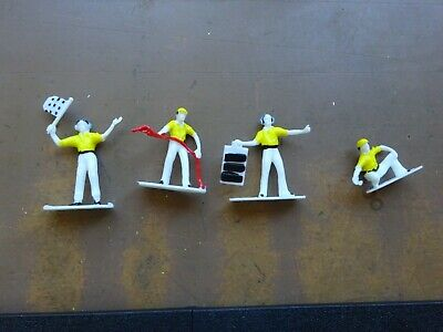 Scalextric  Style  Pit Crew  - Yellow / White Unbranded  • 2.50£