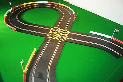 SCALEXTRIC 11 PIECE TRACK + BARRIERS EXPANSION BUNDLE GOOD CONDITION C8206 C8210 • 22.49£