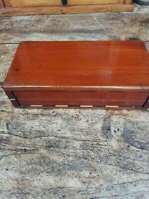 Stunning Antique Travelling Mahogany Cased Chess Set Of The Finnest Quality  • 225£