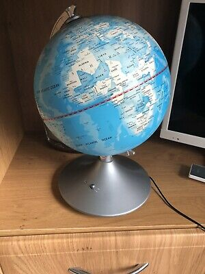 Children's World Globe With Light Up Constellation Mode • 4.99£
