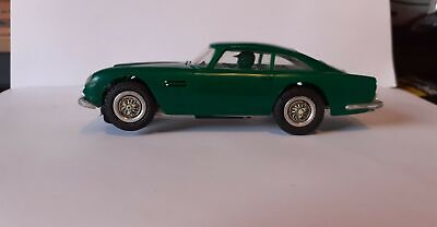 REVELL ASTON MARTIN DB5   No Missing Parts Nice Clean Example • 25£