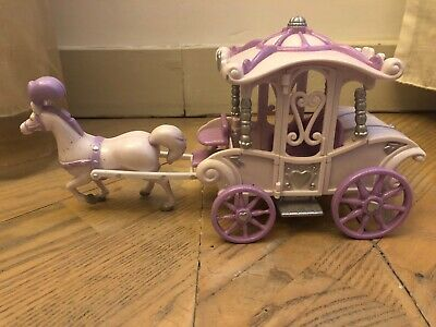 Princess Carriage And Pony. Includes A Few Accessories. • 3£