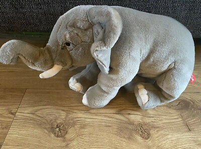 Hamleys Ela The Elephant Soft Toy: Colour- Grey. Great Condition  • 3.80£