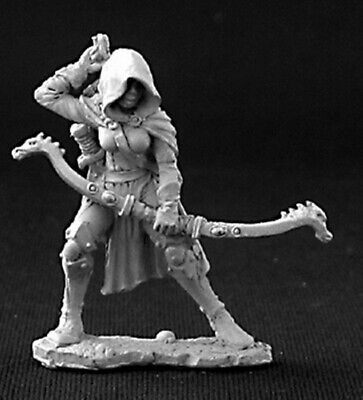 Reaper Miniatures - 03255 - Callie, Female Rogue With Bow - DHL • 4.70£