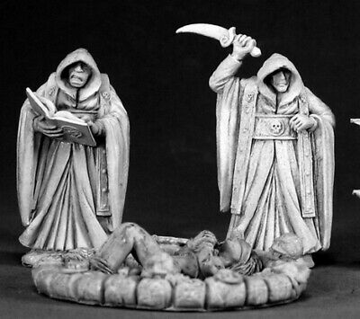 Reaper Miniatures - 03312 - Townsfolk: Cultists And Victim - DHL • 13.90£