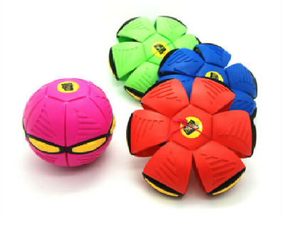 Novelty Flying UFO Flat Throw Disc Ball With Light Toy Phlat Soft Kids Outdoor • 11.90£