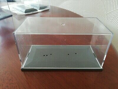 Model Car Plastic Display Cases • 3£